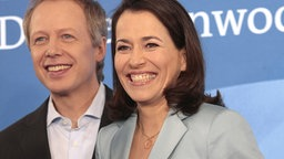 Anne Will mit Tom Buhrow in Hamburg (21.02.2008) © dpa-Report Fotograf: Ullrich Perrey