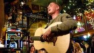 Dermot Kennedy live bei Inas Nacht im Schellfischposten. © NDR/Morris Mac Matzen