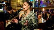 Jorja Smith live bei Inas Nacht im Schellfischposten. © NDR/Morris Mac Matzen Foto: Morris Mac Matzen