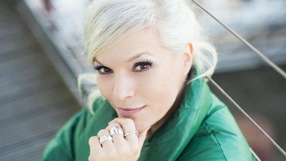 """Bild der Moderatorin Ina Müller von """"Inas Nacht""""."""