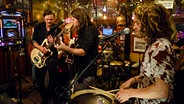 Half Moon Run live bei Inas Nacht im Schellfischposten. © Morris Mac Matzen/NDR