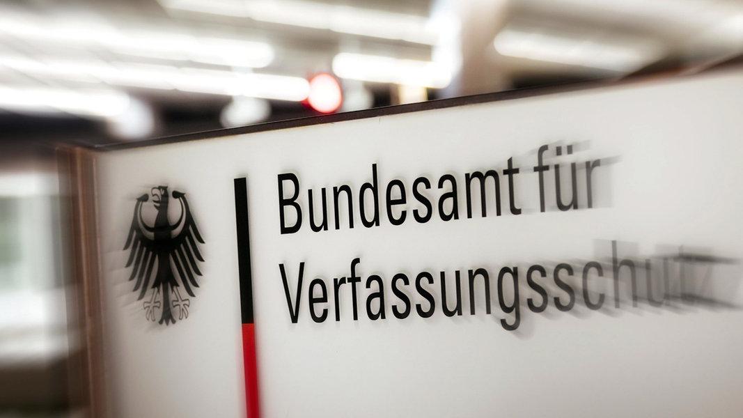 Verfassungsschutz blickt auf Burschenschaften