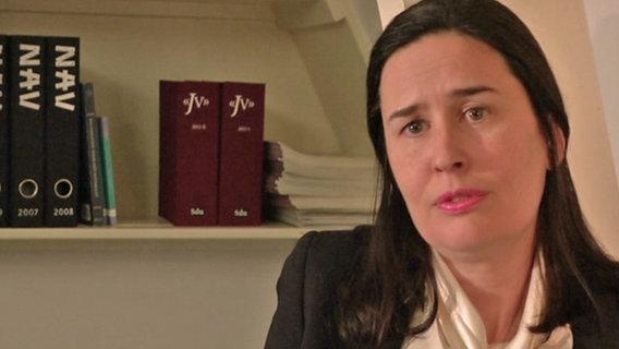 Mekonens niederländische Anwältin Leonie Sinoo