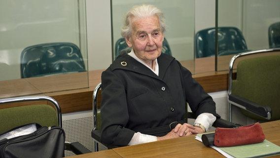 Ursula Haverbeck auf der Anklagebank
