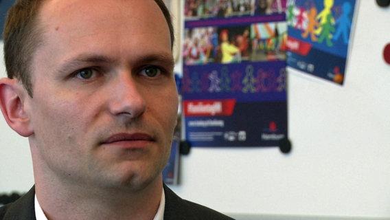 Marcel Schweitzer, Pressesprecher Behörde für Arbeit, Soziales, Familie und Integration (BASFI)