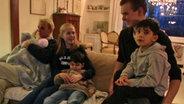 Familie Beckmann mit den Kindern einer befreundeten irakischen Familie.