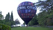 Global Citizen Ballon © NDR Foto: Screenshot