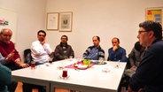 Muslimische Männer mal anders: Stammtisch für Frauenrechte