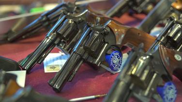 Rechtsradikale Waffenbesitzer © NDR Fotograf: Julian Feldmann