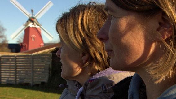 Meike Krüger und Anja Prehn, Gemeinderätinnen von Nübbel