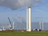 Kleinere Altanlagen weichen im Rahmen einer sogenannten Repowering-Maßnahme größeren Windrädern © NDR Foto: Screenshot