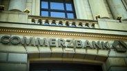 Schriftzug der Commerzbank