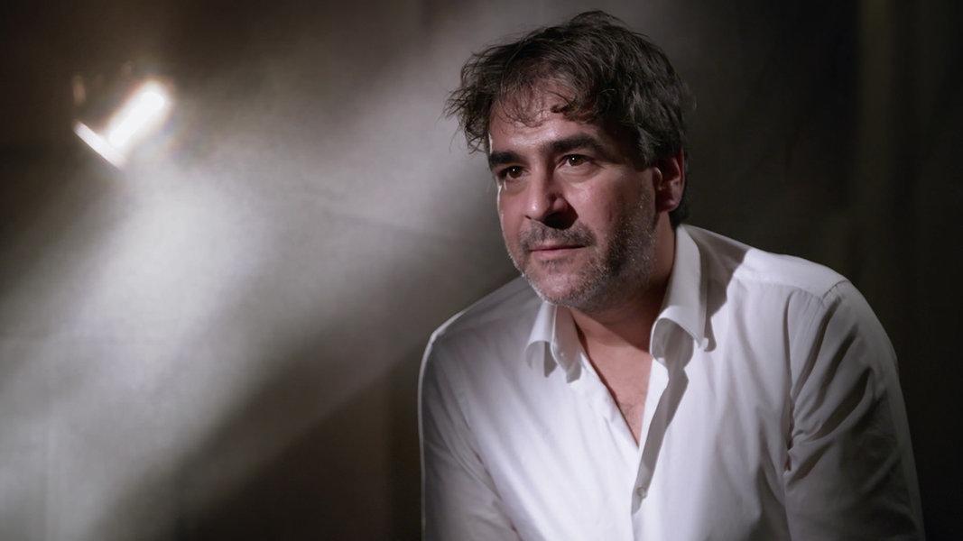Ein Jahr Danach Deniz Yücel über Seine Zeit In Türkischer Haft